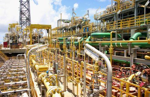 Leilões de Bacias Petrolíferas, de Hidrelétricas, e o Sistema da Dívida