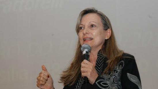 """Palestras do Seminário Regional """"A Corrupção e o Sistema da Dívida"""" já podem ser acessadas"""