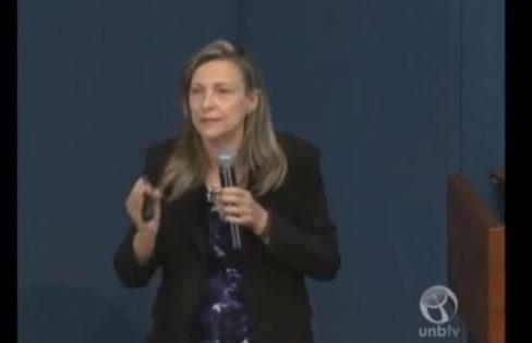 Íntegra da palestra Sistema da Dívida no Brasil e seus Impactos Sociais