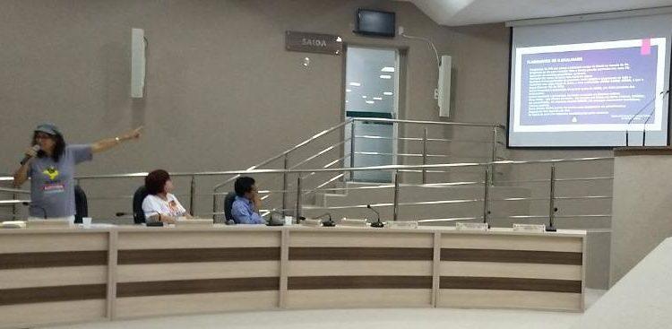 Núcleo Baiano participa de debate em Barreiras
