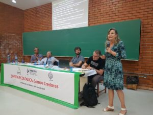 """Palestra """"DÍVIDA ECOLÓGICA: Somos Credores"""" – Maria Lucia Fattorelli – FAMA – Fórum Alternativo Mundial da Água – Brasília"""