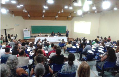 """Íntegra do Seminário Internacional: """"O Sistema da Dívida no Brasil e na Grécia"""""""
