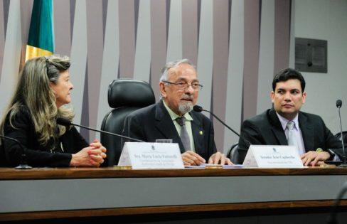 Em debate na Comissão de Transparência e Governança do Senado Federal, participantes criticam política cambial do Banco Central