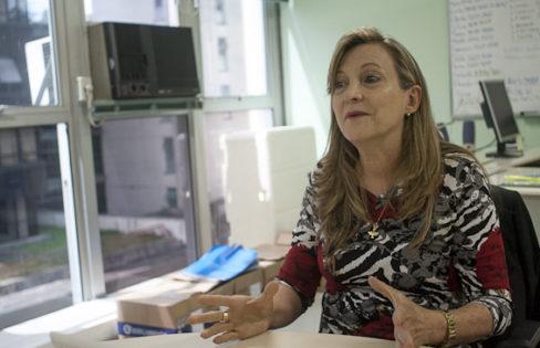 """Jornalismo B: """"O único setor que ganha com essa contrarreforma da previdência é o setor financeiro"""" – entrevista com Maria Lucia Fattorelli"""