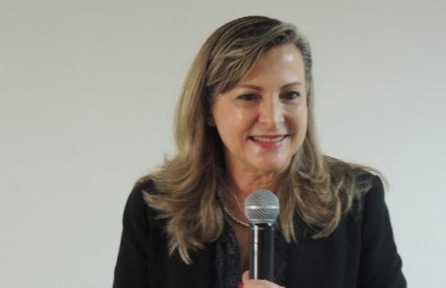 Rádio Nova Aliança: Fattorelli fala sobre inclusão da auditoria da dívida em cartilha da CNBB