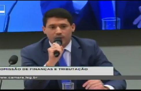 """Audiência Pública CFT: """"PLP transfere área estratégica para bancos""""- Aquilles Frias"""