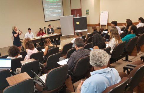 Oficina presencial explica conceitos básicos da dívida pública e reforça importância da mobilização social