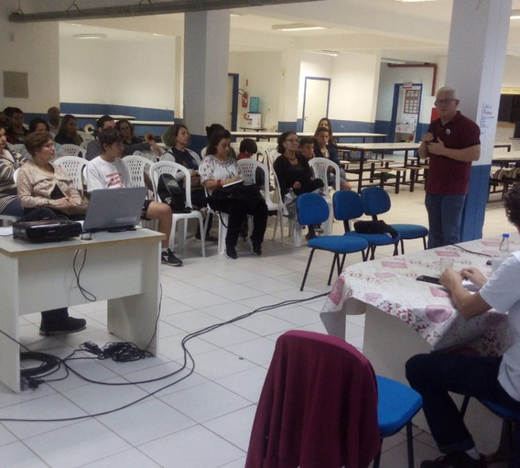 Economista da ACD/SC participa do Seminário no Campeche