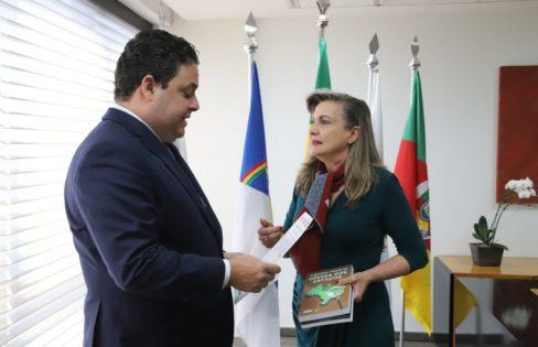 Presidente da OAB, dr. Felipe Santa Cruz, recebe Fattorelli
