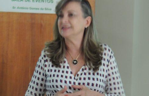 """Palestra: """"Reforma da Previdência"""", M. L. Fattorelli – XIII Seminário de Capacitação promovido pela Rede Ibero-Americana de Associações de Idosos do Brasil (RIAAM-Brasil) – Belo Horizonte/MG"""