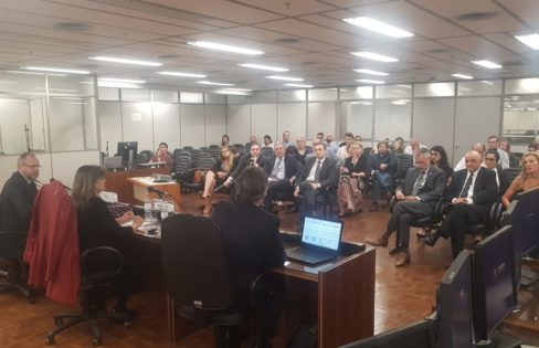 Fattorelli debate: Por que os juros são tão elevados no Brasil?