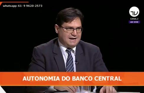 """""""Banco central deve estar ligado ao interesse da população"""", afirma economista"""