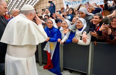 Fattorelli comenta defesa do Papa Francisco por um modelo econômico mais inclusivo