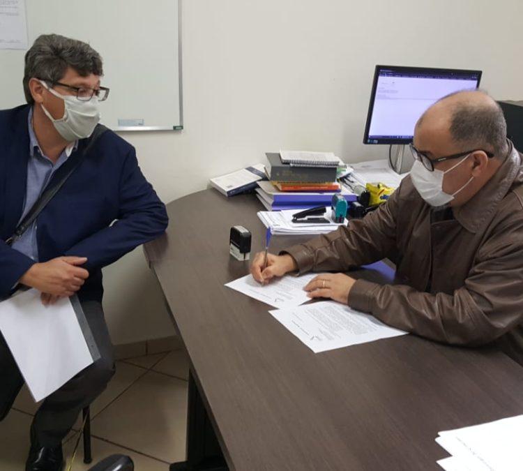 Núcleo Oeste do Paraná protocola pedido de informação sobre endividamento do Município de Cascavel