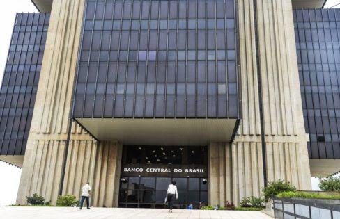 Extra classe: Banco Central gasta centenas de bilhões para remunerar sobra de caixa dos bancos