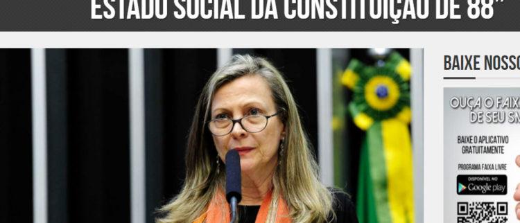 """Faixa livre: Fattorelli: """"PEC 32 é a destruição do Estado social da Constituição de 88"""""""